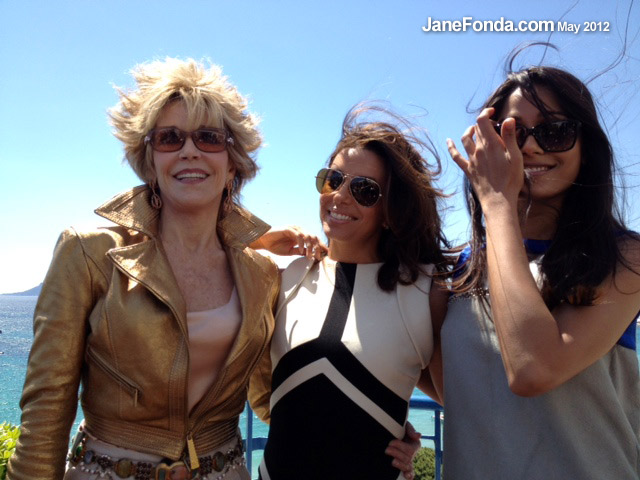 With fellow L'Oreal brand ambassadors Eva Longoria & Freida Pinto