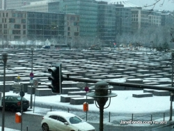 the-jewish-memorial-in-the-snow-web
