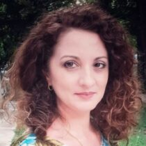 Profile picture of Daniela Plopeanu
